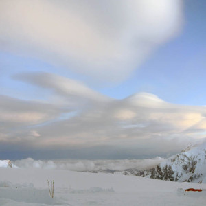 Denali wind clouds