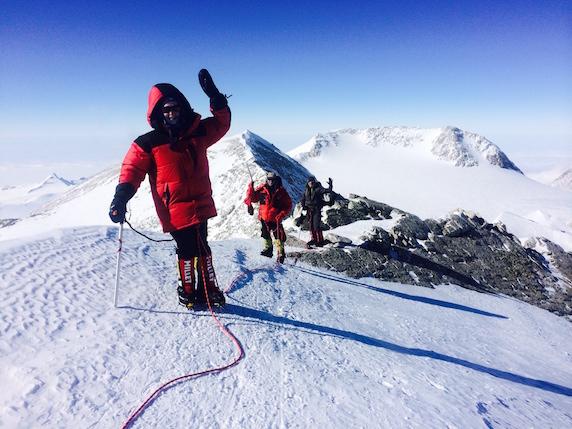 V5 Summit ridge