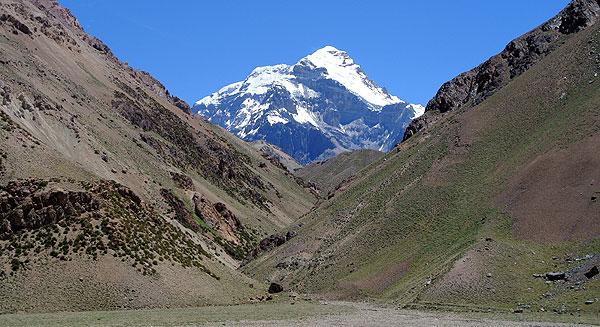 Aconcagua-from-Casa-de-Piedra