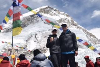 Everest 2016 vanessa and greg