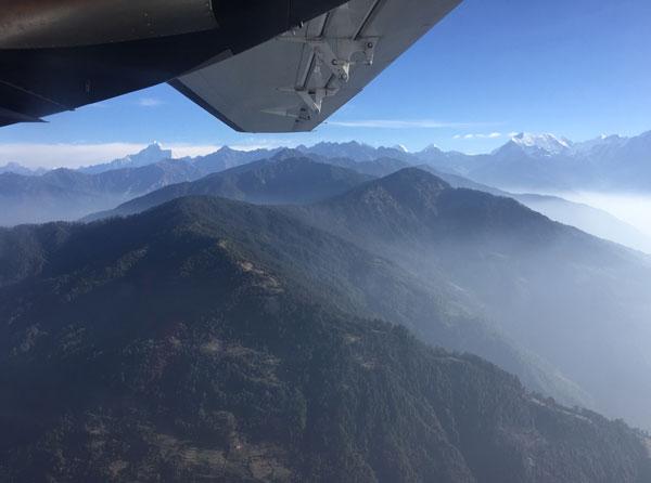 trek flight from lukla