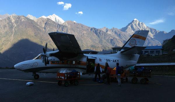 everest base camp trek flight