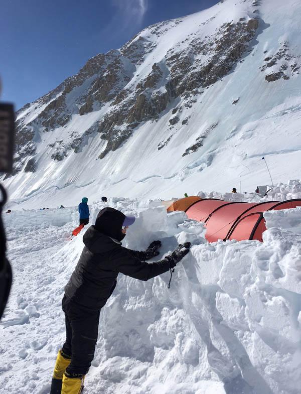 14k tent walls fixing