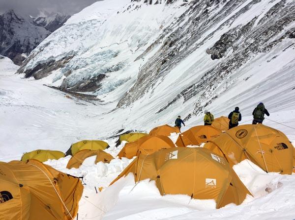 Everest 2017 descending from camp 3