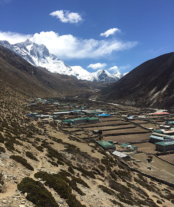 everest 2017 dingboche