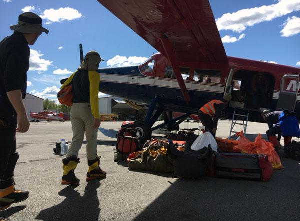 may 15 denaliteam loading aircraft