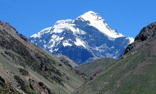 aconcagua from the east